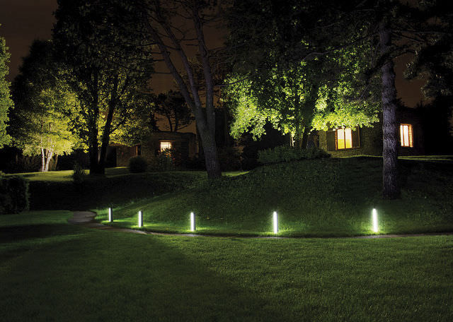 L 39 clairage led au c ur du d cor ext rieur ampoule led for Luminaire jardin led